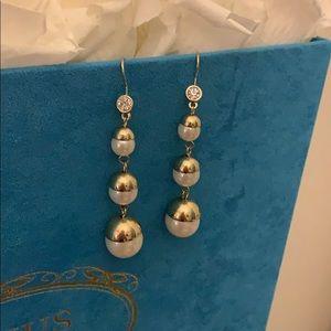 $3/20 earrings! NEW! Pearl earrings